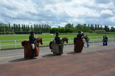 The Horsemen à Maisons Laffitte