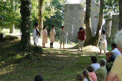 Théâtre et pique-nique au château à Herbignac