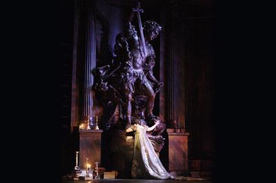 Tosca - Royal Opera House à Savigny le Temple