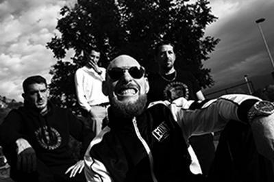 Tournee N.m: Novator à Tarbes