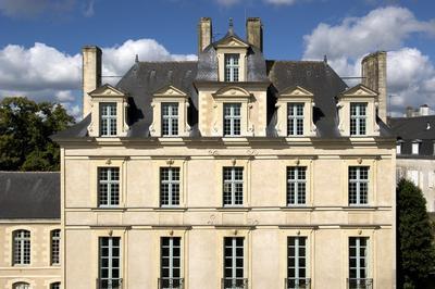 Toute L'histoire De L'hôtel De Limur à Vannes