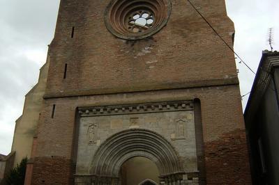 Un Remarquable Portail Roman En Marbre Daté De 1162 à Belpech