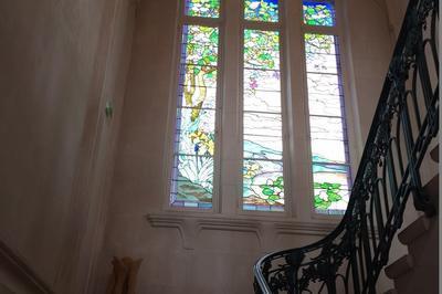 Venez Découvrir La Seule Mairie De France De Style Art Nouveau ! à Euville