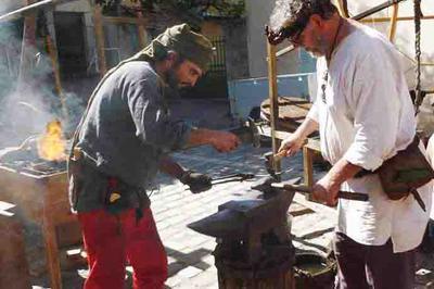 Village éphémère d'Artisans d'Art - La Tête en Friche à Viviers