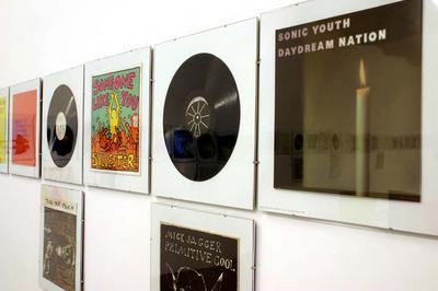 Vinyls & Clips, sound collection Guy Schraenen & clips d'artistes à Besancon