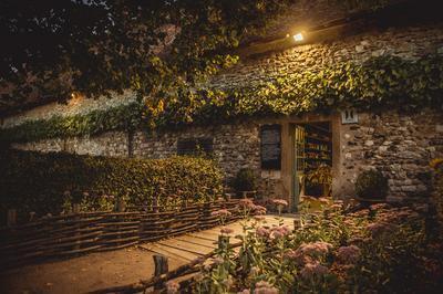 Visite à La Tombée De La Nuit... à Maisonnais