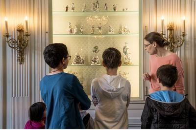 Visite-animation En Famille - Charades, Jeux Et énigmes à La Découverte Du Xviiie Siècle à Paris 3ème
