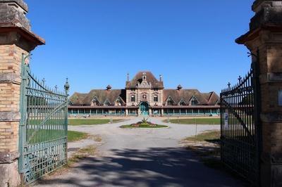 Visite Commentée De L'ancien Hôpital-orphelinat De La Charité à Lavault-ste-anne. à Montlucon