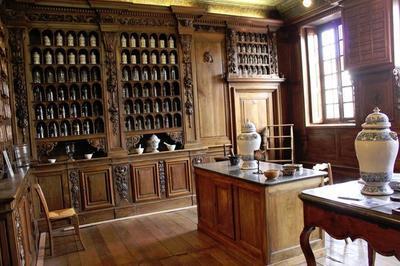 Visite Commentée De L'apothicairerie De Montluel.