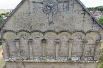 Visite Commentée De L'église Et De L'exposition De Vêtements Liturgiques à Jussy Champagne