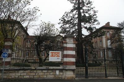 Visite Commentée De L'espe à Auxerre