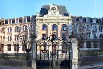 Visite Commentée De L'espe À Dijon