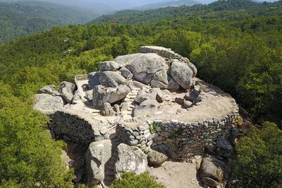 Visite Commentée Des Sites Archéologiques De Cucuruzu, Capula, San Larenzu Protégés Au Titre Des Monuments Historiques à Levie
