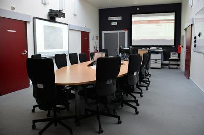 Visite Commentée Du Centre Opérationnel Départemental à Nanterre