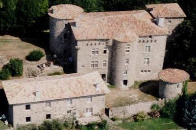 Visite Commentée Du Château Du Bruget. à Jaujac