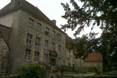 Visite Commentée Du Château Du Chet De Barmont à Saint Avit de Tardes