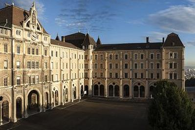 Visite Commentée Du Lycée De Saint-just. à Lyon
