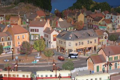 Visite Commentée Du Musée Du Train Miniature. à Chatillon sur Chalaronne