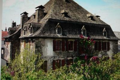 Visite Commentée Du Village à Pleaux