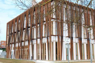 Visite Commentée Par L'architecte De La Maison De L'étudiant De Guyancourt