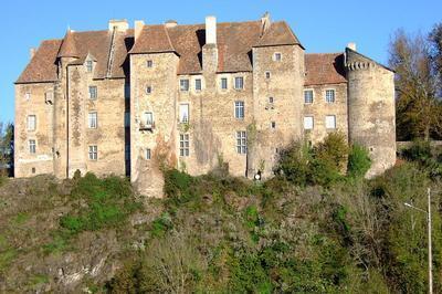 Visite D'un Authentique Château Du Xve Siècle à Boussac