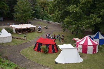 Visite D'un Campement Médiéval à Saint Gobain