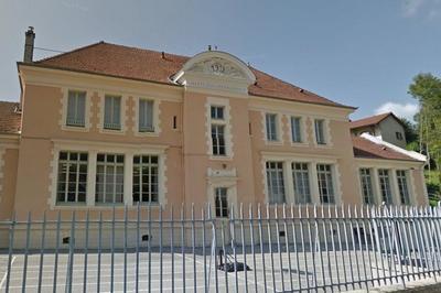Visite De L'école Du Bourg à Saint Chef
