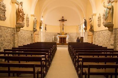 Visite De L'église Notre-dame Des Fournials Pour Les Enfants à Montredon Labessonnie