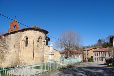 Visite De L'église Romane à Sainte Suzanne