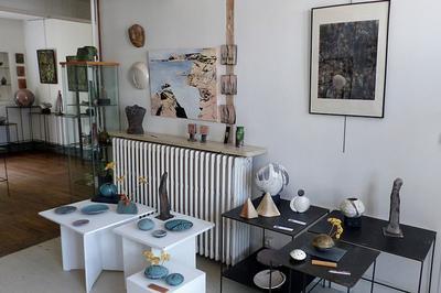 Visite De L'exposition Matières Sensibles à La Galerie Du Soleil à Varzy