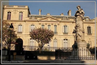 Visite De L'hôtel Dosne-thiers à Paris 9ème