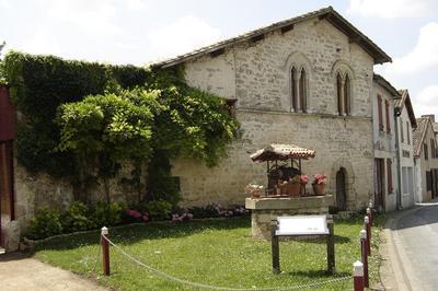 Visite De La Grange Monastique à Limalonges