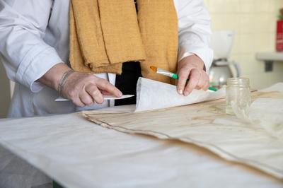 Visite Des Ateliers Techniques Des Archives Départementales à Besancon