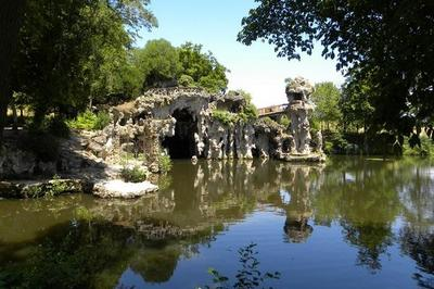 Visite Des Grottes De Majolan à Blanquefort