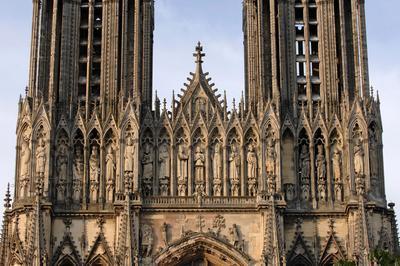 Visite Des Tours De La Cathédrale Notre-dame à Reims