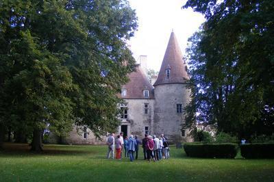 Visite Du Jardin Et Des Salons Du Château De Bellenaves