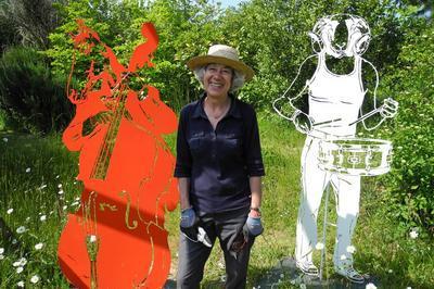 Visite Du Moulin à Marée Agrémentée D'une Exposition De Sculptures Dans Le Jardin à Pleudaniel