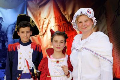 Visite En Costume D'époques Et Animations Pour Les Enfants à Charbonnieres les Varennes