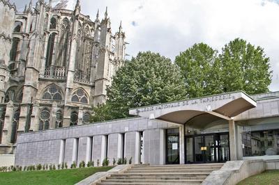 Visite Flash Autour De L'histoire Et De L'architecture Du Quadrilatère à Beauvais