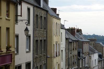 Visite Guidée Dans Le Quartier Saint-pierre à Coutances