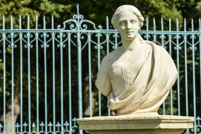 Visite Guidée Dans Les Jardins : La Restauration Des Statues De Canon
