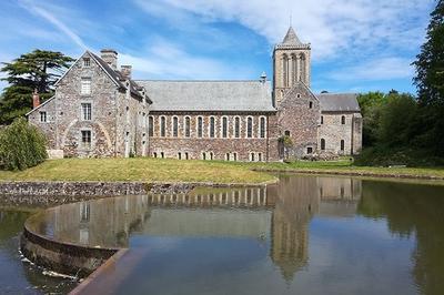 Visite Guidée De L'abbaye De La Lucerne à La Lucerne d'Outremer