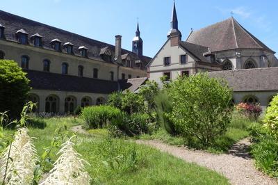 Visite Guidée De L'abbaye Saint Nicolas à Verneuil sur Avre
