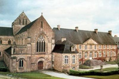 Visite Guidée De L'abbaye Ste Marie Madeleine Postel De St-sauveur-le-vicomte à Saint Sauveur le Vicomte