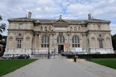 Visite Guidée De L'ancien Musée-bibliothèque à Grenoble