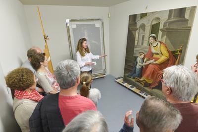 Visite Guidée De L'atelier De Restauration D'oeuvres D'art à Niort