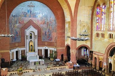 Visite Guidée De L'église Et Du Carillon à Cholet
