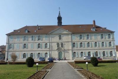 Visite Guidée De L'évêché De Saint-claude à Poligny