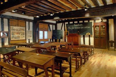 Visite Guidée De L'exposition Permanente  5 Siècles D'école à Rouen