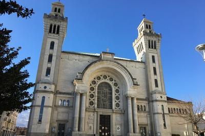 Visite Guidée De La Basilique à Grenoble